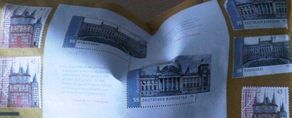 Jetzt muss ich mir auch noch Briefmarken zusammensuchen und kopfrechnen um die Teufelstroete in die Hauptstadt zu bekommen